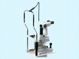 細隙灯顕微鏡の写真