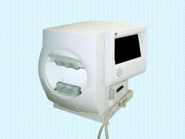 自動視野計の写真
